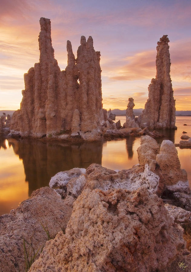 Tufa Towers at Mono Lake @mantripping