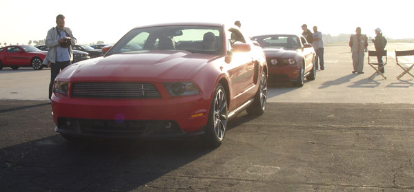 drag-racing-mustang-gt