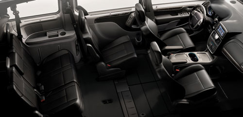 interior-chrysler-town-and-country