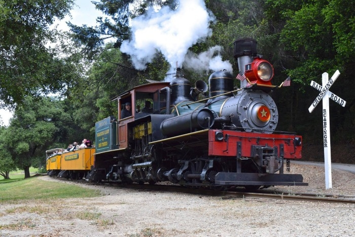 roaring camp railroad at crossing