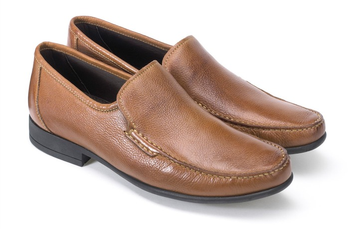 mens shoes moccasins